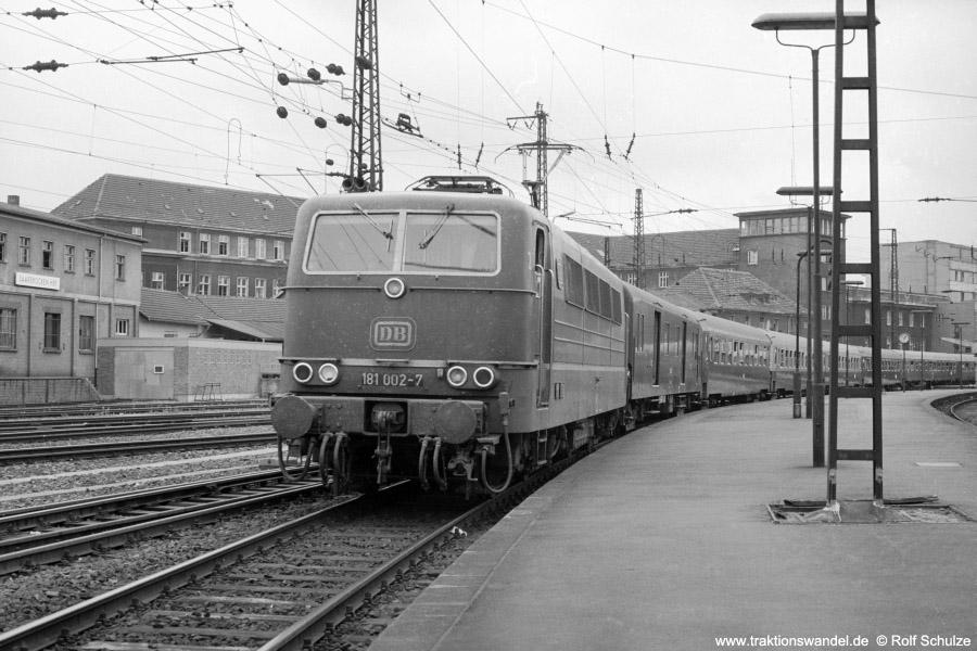 http://www.traktionswandel.de/pics/foren/hifo/1973-07-06_A160-26_181002-7_BwSBR_D_SaarbrueckenHbf_900.jpg