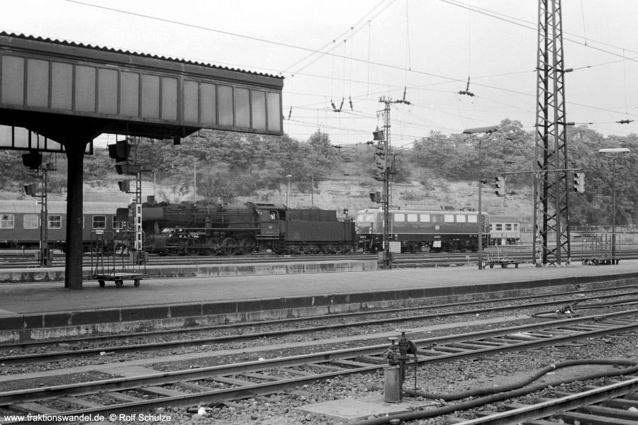 http://www.traktionswandel.de/pics/foren/hifo/1973-07-06_A160-29_50_140_Lz_SaarbrueckenHbf_900.jpg
