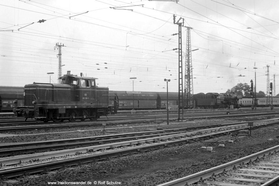 http://www.traktionswandel.de/pics/foren/hifo/1973-07-06_A161-23_260389-2_BwSaarbr_50_Gdg_Saarbruecken_900.jpg