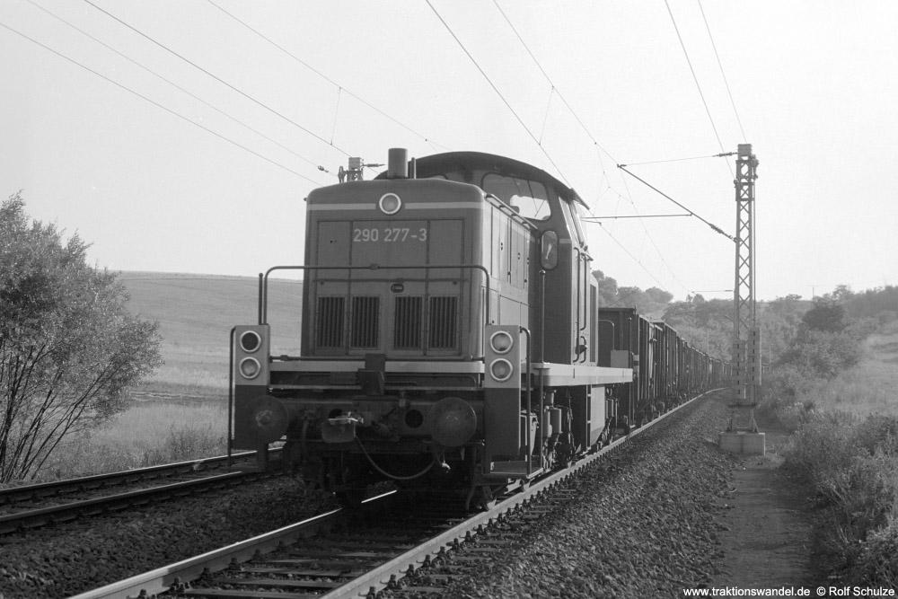 http://www.traktionswandel.de/pics/foren/hifo/1973-08-14_A181-20A_290277-3_Bw-Trier_Gdg47272(96x)_Kinderbeuern_1000.jpg