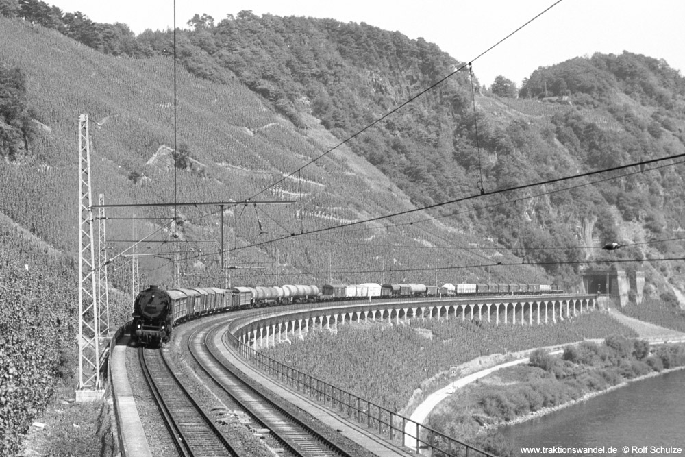 http://www.traktionswandel.de/pics/foren/hifo/1973-08-15_A181-26A_044384-6_BwEhrang_Ng16324_Puenderich_1000.jpg