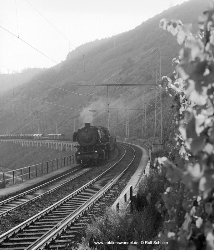 http://www.traktionswandel.de/pics/foren/hifo/1973-08-15_A182-02_044331-7_BwEhrang_Dg6172(140x)_Puenderich_800h.jpg
