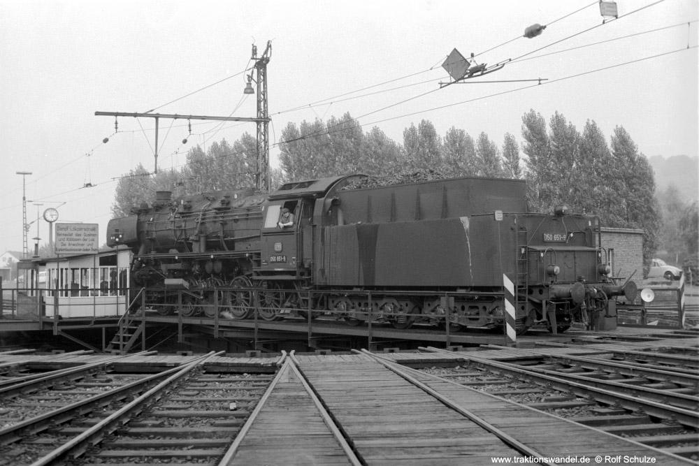 http://www.traktionswandel.de/pics/foren/hifo/1973-08-18_A186-11_050651-9_BwKoblenz-Mosel_dort-Drehsch_1000.jpg