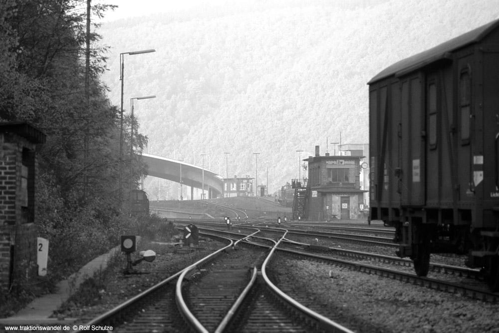 http://www.traktionswandel.de/pics/foren/hifo/1973-11-02_A197-29_BwBetzdorf_Blick-z-Ablaufberg_1000.jpg