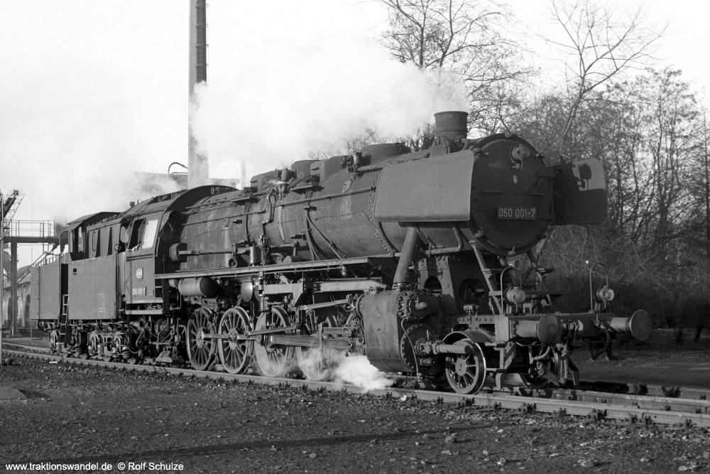 http://www.traktionswandel.de/pics/foren/hifo/1973-12-29_A202-35_050001-7_BwGremberg_dort_1000.jpg
