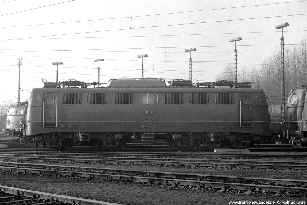 http://www.traktionswandel.de/pics/foren/hifo/1973-12-29_A203-07_140345-0_BwKoblenz-Mosel_imBwGremberg_1000.jpg