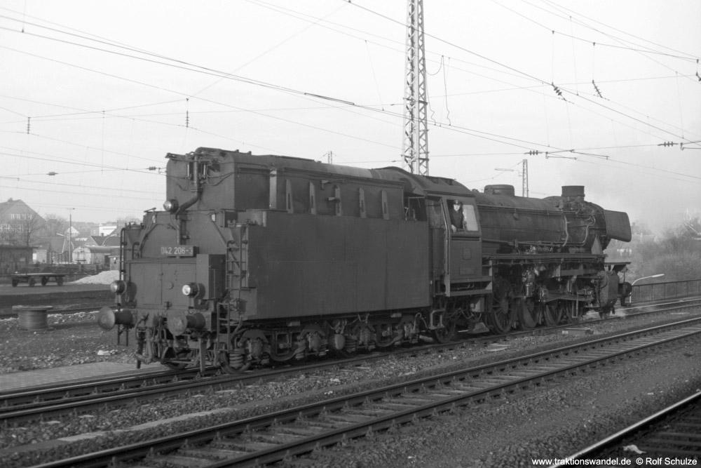 http://www.traktionswandel.de/pics/foren/hifo/1974/1974-01-03_A203-29_042206-3_BfRheine_umsetzen_1000.jpg