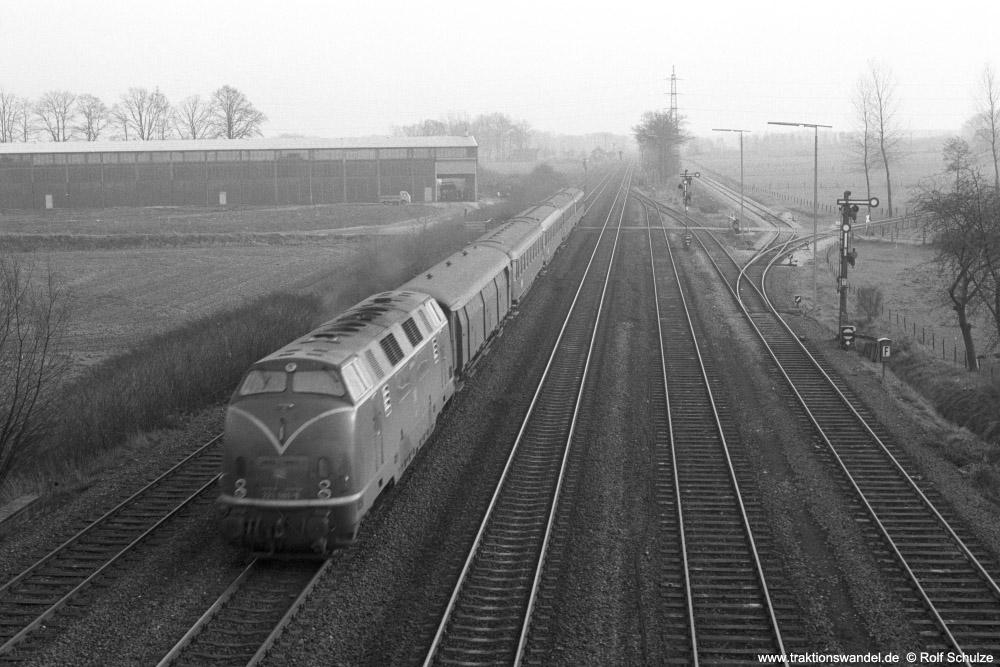 http://www.traktionswandel.de/pics/foren/hifo/1974/1974-01-03_A204-16_220_E1511_Salzbergen_1000.jpg