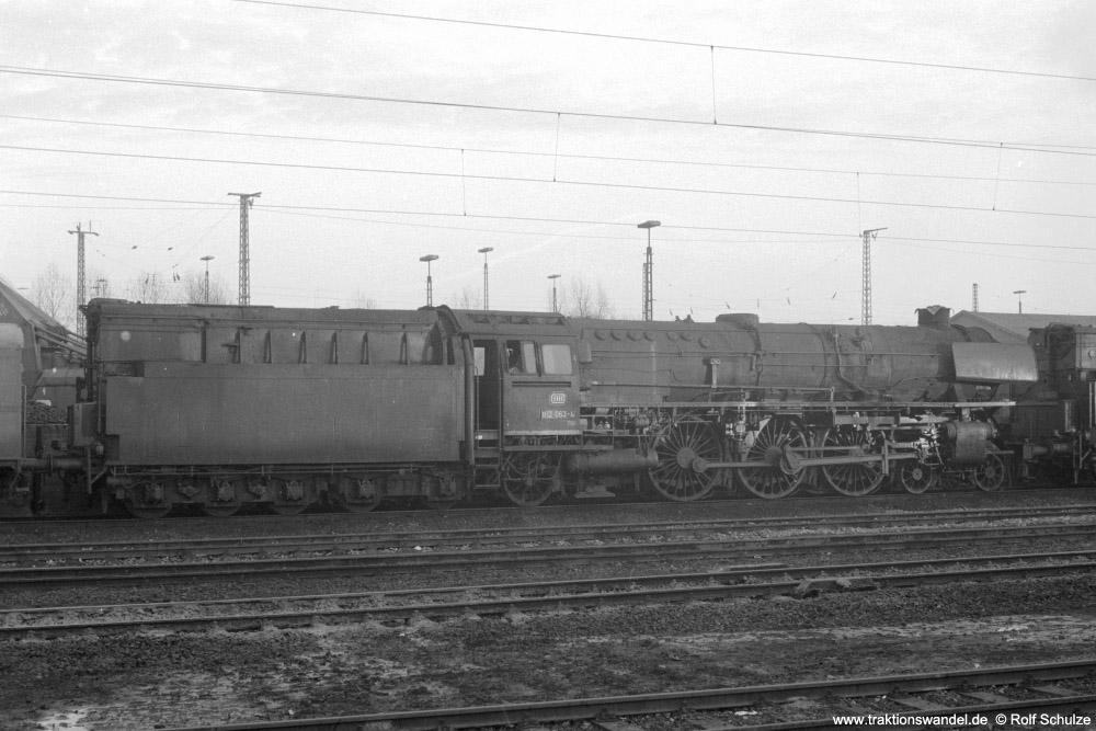http://www.traktionswandel.de/pics/foren/hifo/1974/1974-01-03_A204-31_012063-4_BwRheine_dort-kalt_1000.jpg