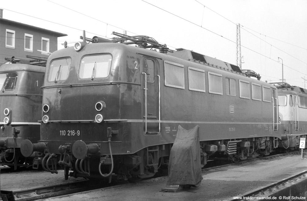 http://www.traktionswandel.de/pics/foren/hifo/1974/1974-03-30_A219-03_110216-9_BwFFM-1_dort_1000.jpg