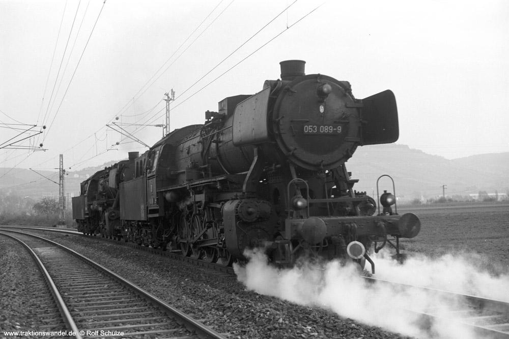 http://www.traktionswandel.de/pics/foren/hifo/1974/1974-04-11_A224-08_050856-4_053089-9_BwCrailsheim_Lz_Koenigshofen_1000.jpg