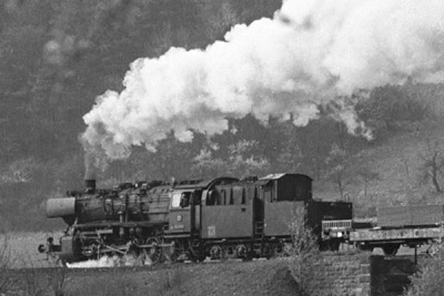 http://www.traktionswandel.de/pics/foren/hifo/1974/1974-04-11_A224-12_052509-7_BwCrailsheim_preview.jpg