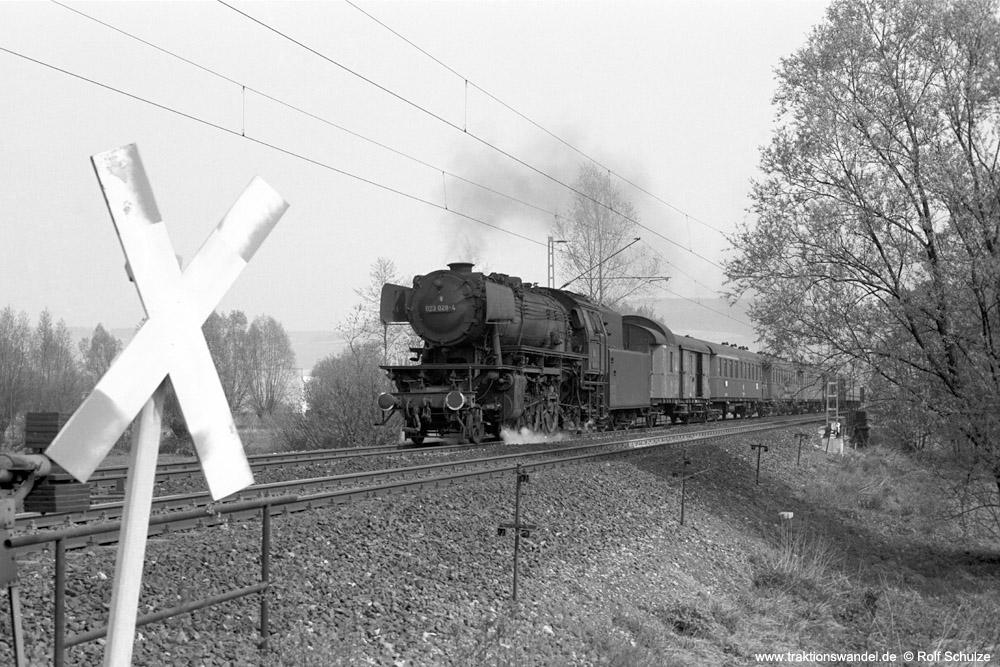http://www.traktionswandel.de/pics/foren/hifo/1974/1974-04-11_A224-17_023028-4_BwCrail_N7873_Sachsenflur_1000.jpg