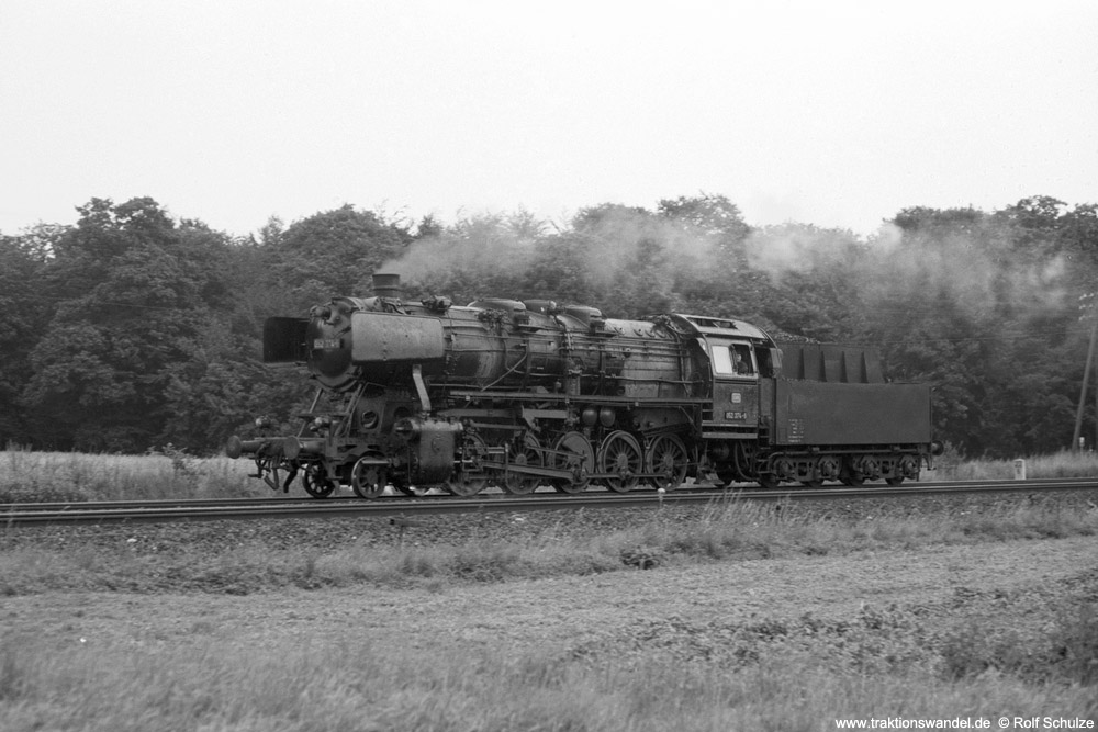 http://www.traktionswandel.de/pics/foren/hifo/1974/1974-08-02_A257-19_052374-6_BwLehrte_Lz_beimHaemelerWald_1000.jpg
