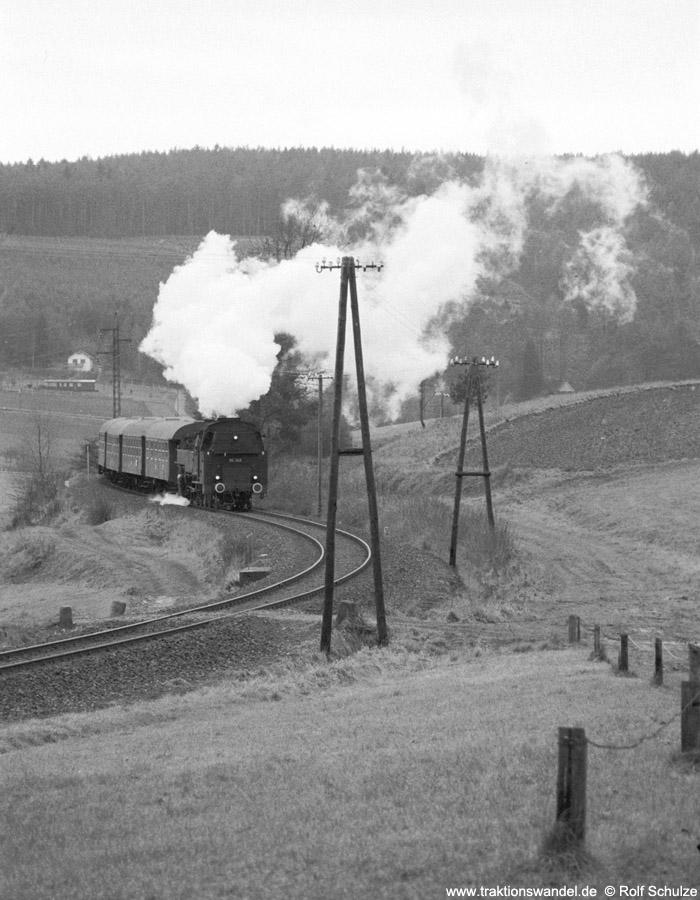 http://www.traktionswandel.de/pics/foren/hifo/1975/1975-12-07_A322-26_86346-UEF_Sdz_Rhoen_1000.jpg