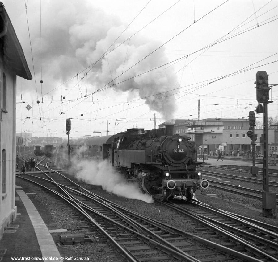 http://www.traktionswandel.de/pics/foren/hifo/1975/1975-12-07_C53-08_86346-UEF_Sdz_Fulda_900.jpg