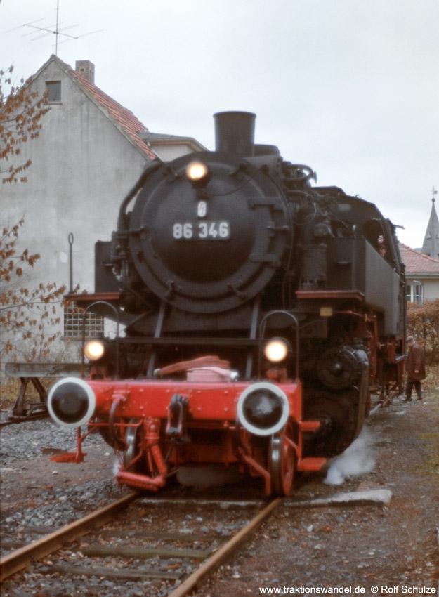http://www.traktionswandel.de/pics/foren/hifo/1975/1975-12-07_E17-02_86346-UEF_Rhoen_1000.jpg