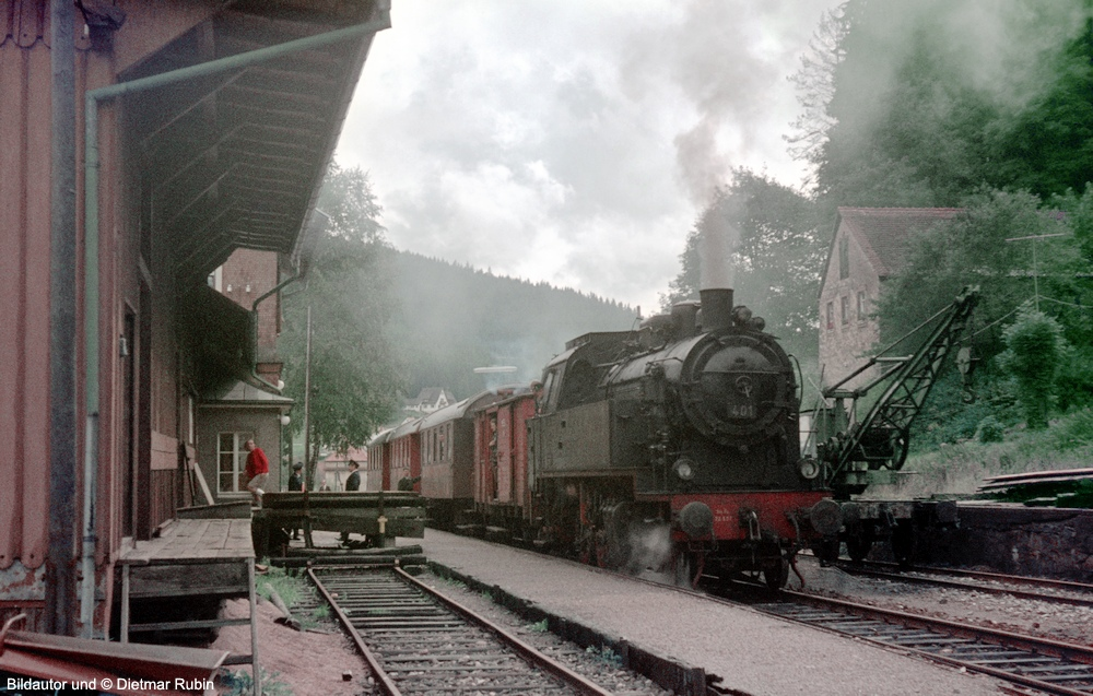 http://www.traktionswandel.de/pics/foren/hifo/rubin/16_1967_63_Lok401-MEG_Sdz_DietmarRubin_1000.jpg