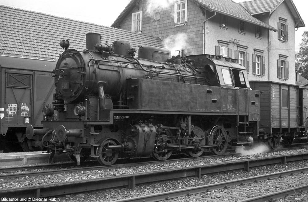 http://www.traktionswandel.de/pics/foren/hifo/rubin/22_1967-68_063fp3-25A_Lok401_Furtwangen_DietmarRubin_1000.jpg