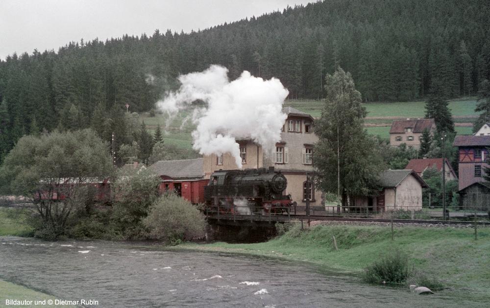 http://www.traktionswandel.de/pics/foren/hifo/rubin/8_1967_47_Lok401-MEG_Sdz_Donaueschingen_DietmarRubin_1000.jpg