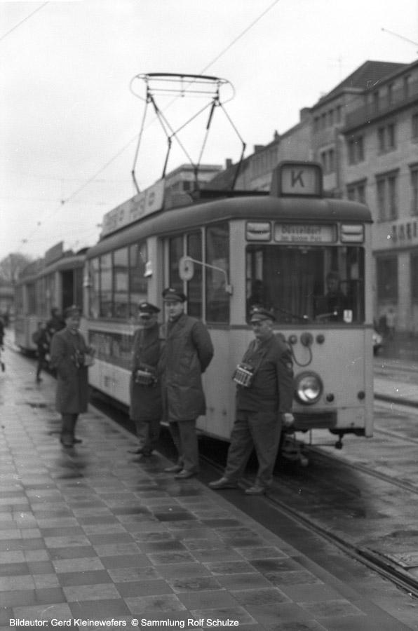 http://www.traktionswandel.de/pics/foren/hifo/sammlung/a_1964-1970_Bd55_Rheinbahn_Kriegsstabwagen_LinieK_Duesseldf_GerdKleinewefers_900h.jpg