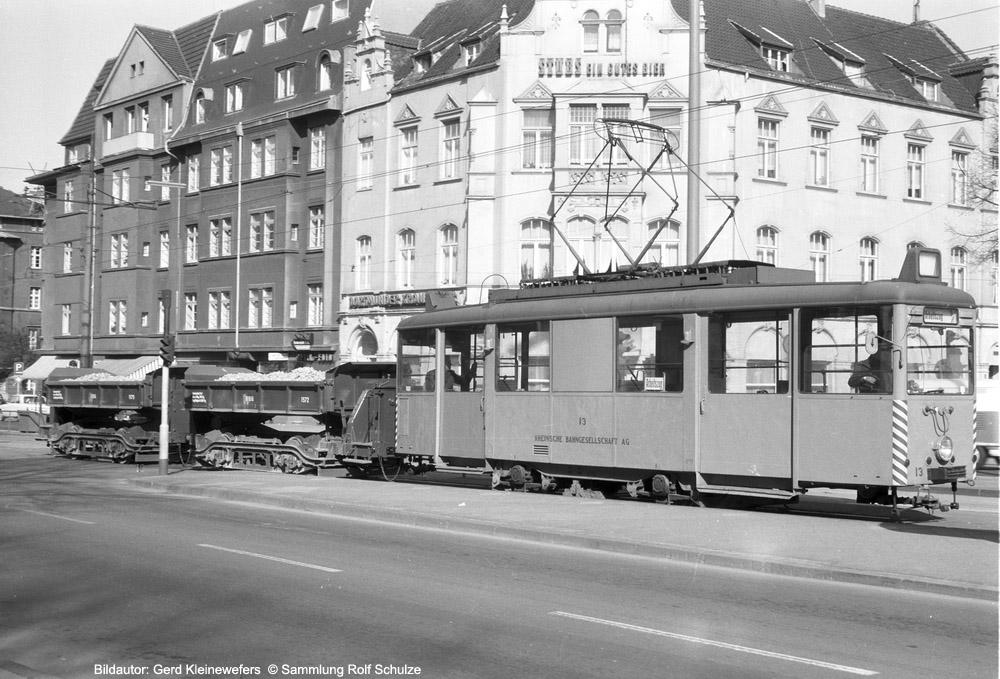 http://www.traktionswandel.de/pics/foren/hifo/sammlung/n_1964-1970_Bd55-2_Rheinbahn_Wg13_Arbeitsszug_Duesseldorf_GerdKleinewefers_1000.jpg