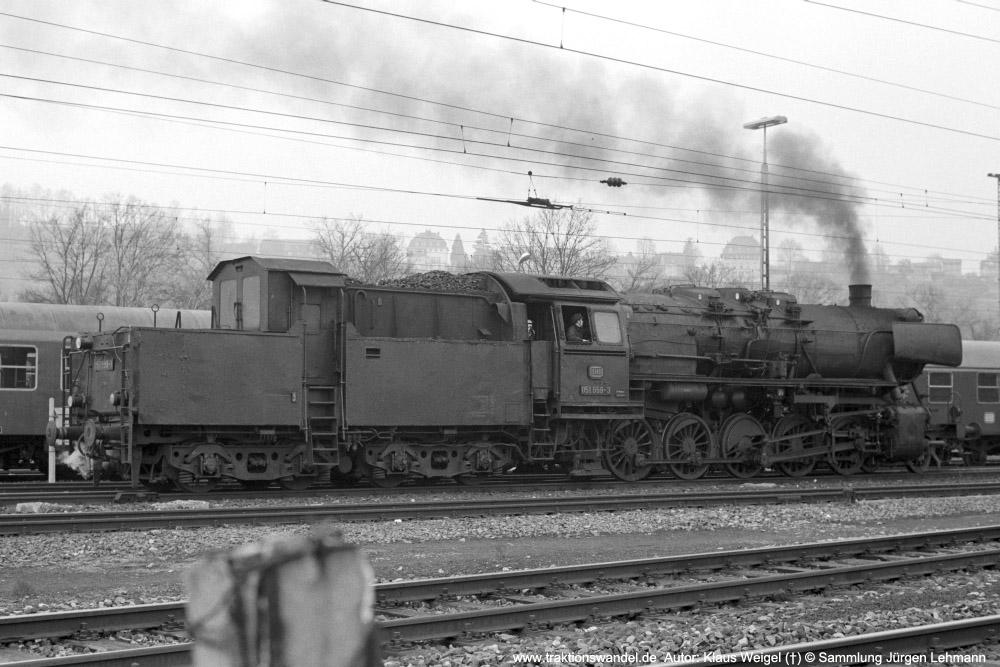 http://www.traktionswandel.de/pics/foren/kl-we/1974-03-xx_sw13-20_051559-3_BwRottweil_Tuebingen_KlausWeigel_1000.jpg