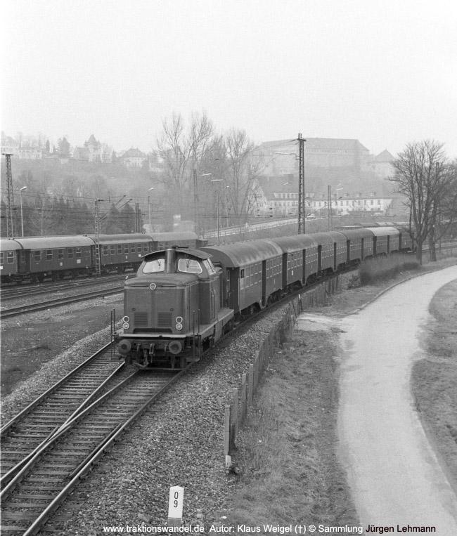 http://www.traktionswandel.de/pics/foren/kl-we/1974-03-xx_sw13-21_211363-7_N_Tuebingen_KlausWeigel_650.jpg