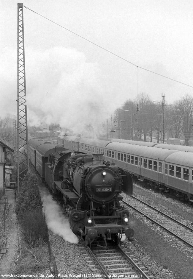 http://www.traktionswandel.de/pics/foren/kl-we/1974-03-xx_sw13-27_051630-2_BwRottweil_N_Tuebingen_KlausWeigel_650.jpg