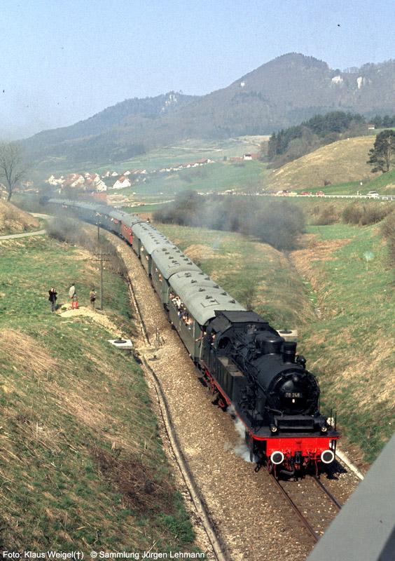 http://www.traktionswandel.de/pics/foren/kl-we/1974-04-07_010_078246_Sdz_064491-Schub_oestlLautlingen-km55-9_KlausWeigel_1000.jpg