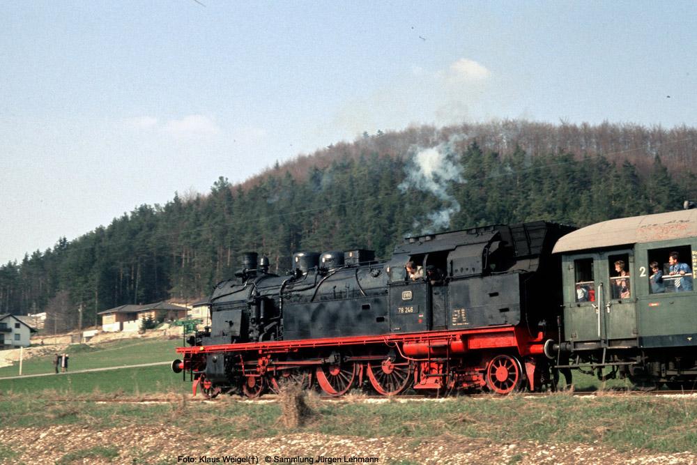 http://www.traktionswandel.de/pics/foren/kl-we/1974-04-07_016_078246_Sdz_wo_KlausWeigel_1000.jpg