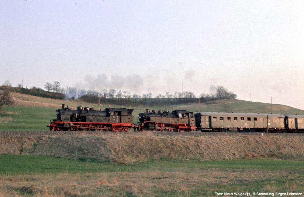 http://www.traktionswandel.de/pics/foren/kl-we/1974-04-07_216_078246_064491_Sdz_km39_KlausWeigel_1000.jpg