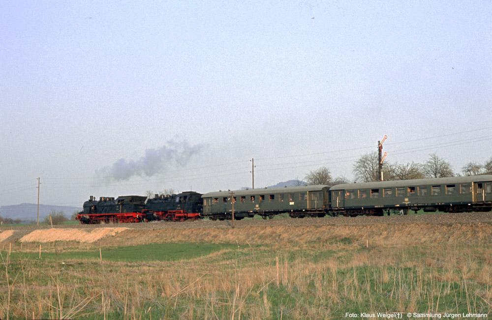 http://www.traktionswandel.de/pics/foren/kl-we/1974-04-07_219_078246_064491_Sdz_km39_KlausWeigel_1000.jpg