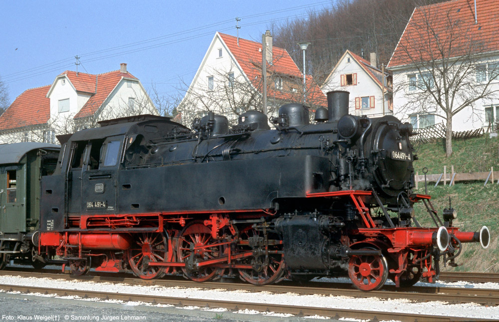 http://www.traktionswandel.de/pics/foren/kl-we/1974-04-07_224_064691_Sdz_Onstmettingen_KlausWeigel_1000.jpg