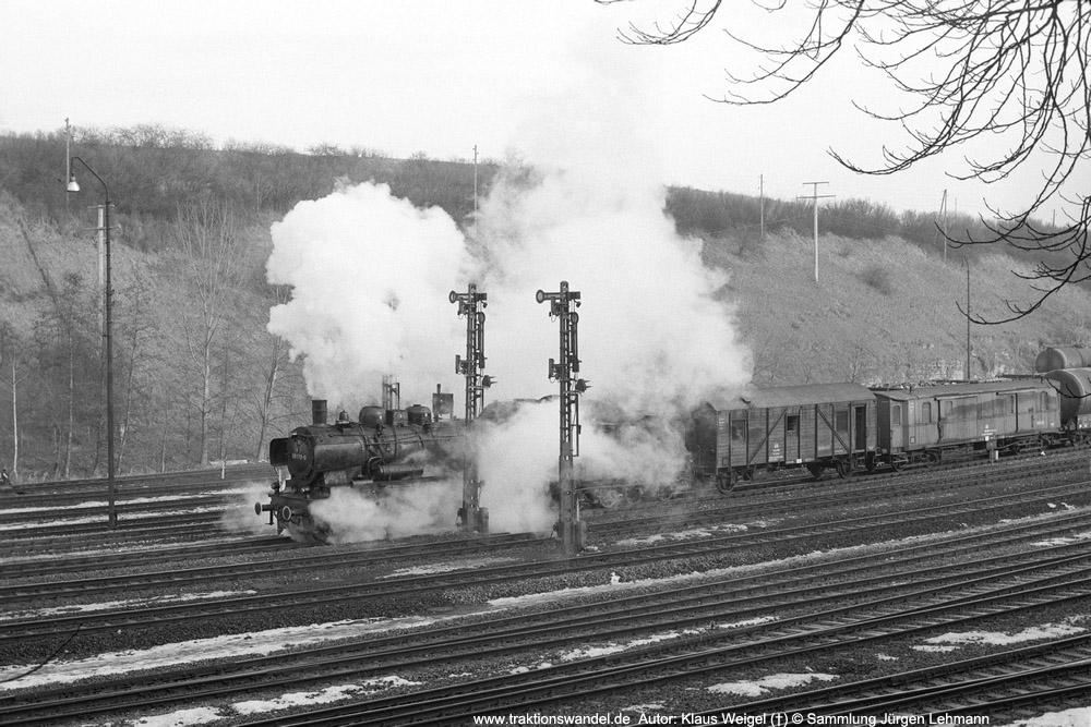 http://www.traktionswandel.de/pics/foren/kl-we/1974-0x-xx_sw47-26_038772_BwRottweil_Hilfszug_Rottweil-Ausfahrt_1000.jpg
