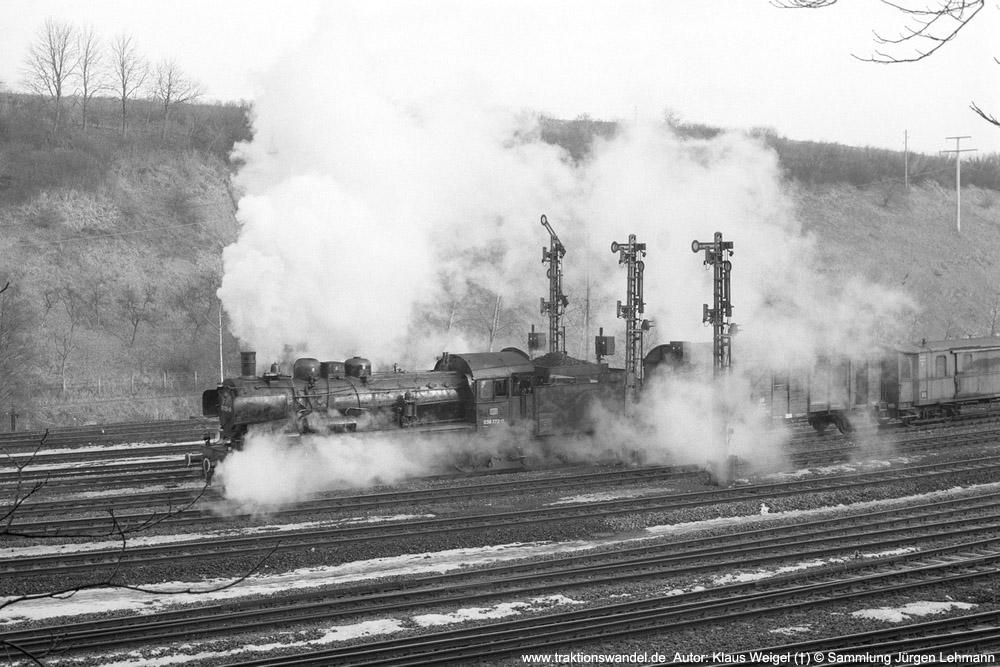 http://www.traktionswandel.de/pics/foren/kl-we/1974-0x-xx_sw47-27_038772_BwRottweil_Hilfszug_Rottweil-Ausfahrt_1000.jpg