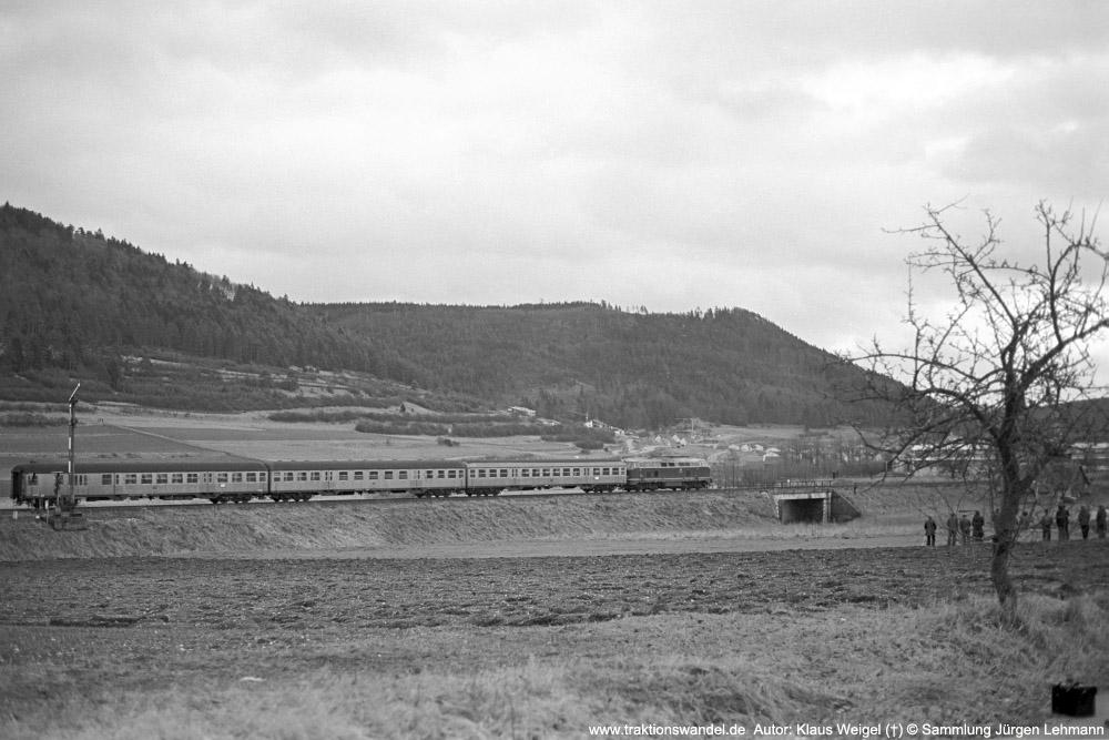 http://www.traktionswandel.de/pics/foren/kl-we/1974-12-29_sw40-09_21x_N_Weilheim_KlausWeigel_1000.jpg