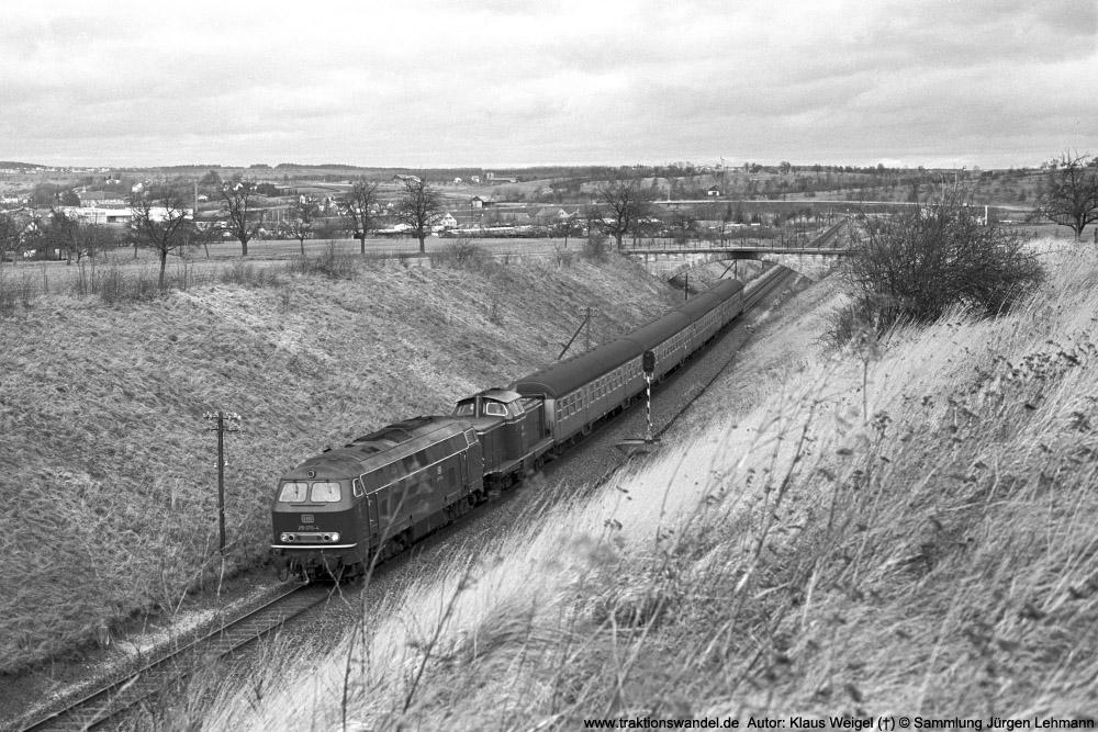 http://www.traktionswandel.de/pics/foren/kl-we/1974-12-29_sw43-13_215070-4_BwUlm_211_E_b-Hechingen_1000.jpg