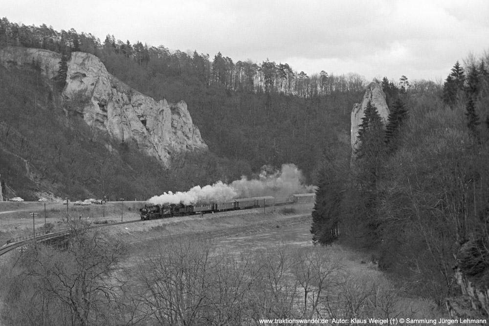 http://www.traktionswandel.de/pics/foren/kl-we/1974-12-29_sw43-32_078246_038772_Sdz_Inzigkofen_1000.jpg