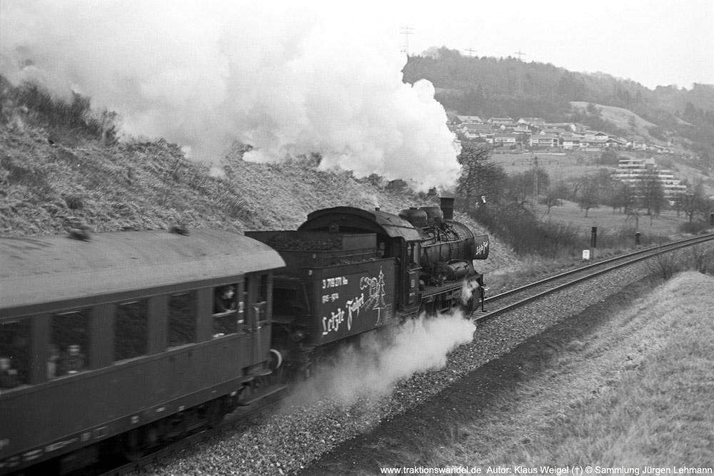 http://www.traktionswandel.de/pics/foren/kl-we/1974-12-31_sw40-29_038772-0_BwRottweil_Sdz_KlausWeigel_1000.jpg