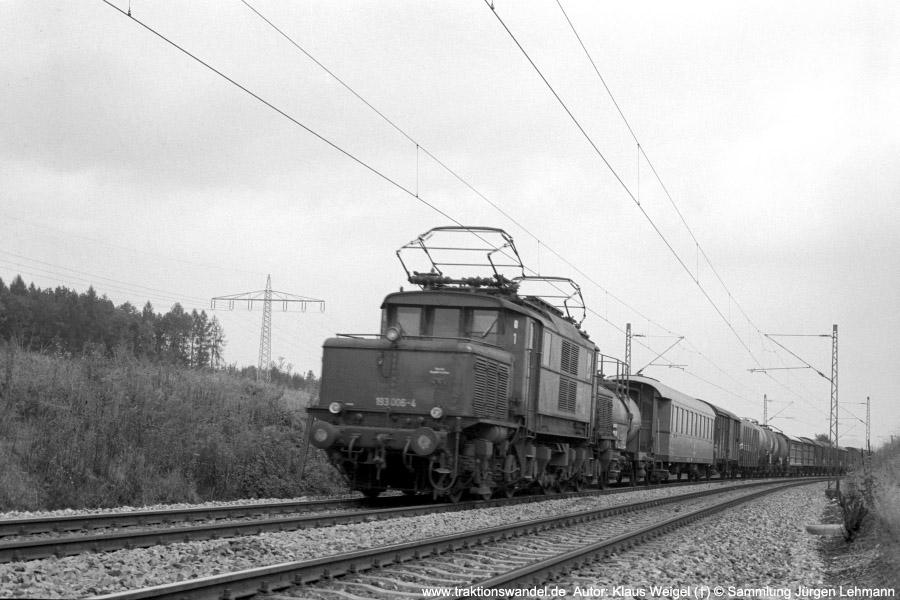 http://www.traktionswandel.de/pics/foren/kl-we/197x-xx-xx_sw22-10_193006-4_BwKornwestheim_Gz_b-Reutlingen_KlausWeigel_900.jpg