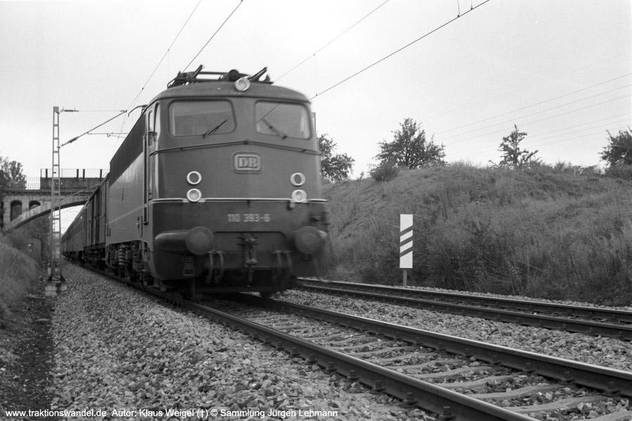 http://www.traktionswandel.de/pics/foren/kl-we/197x-xx-xx_sw22-12_110393-6_BwStuttgart_b-Reutlingen_KlausWeigel_900.jpg