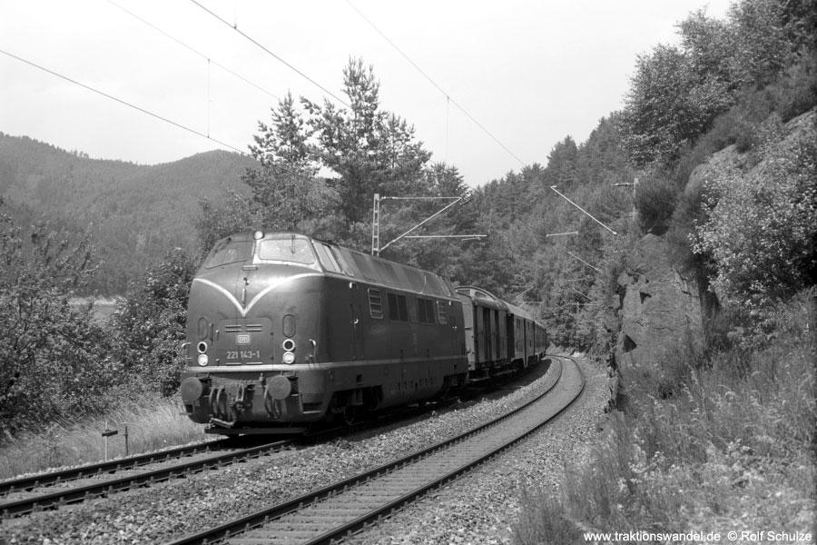 http://www.traktionswandel.de/pics/schwarzwald/1975-07-16_a311-11.jpg