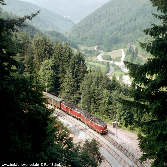http://www.traktionswandel.de/pics/schwarzwald/1975-07-18_e02-01.jpg