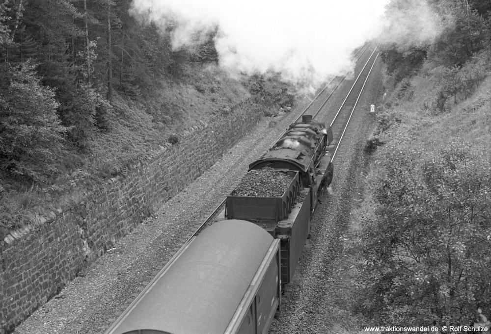 https://www.traktionswandel.de/pics/foren/hifo/1974/1974-07-16_A249-16_044118-8_BwWeiden_Dg56160(130x)_b-Roeslau_1000.jpg