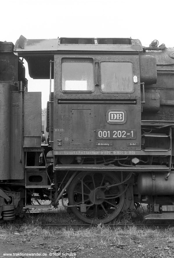 https://www.traktionswandel.de/pics/foren/hifo/1974/1974-07-24_A252-22_001202-1_(+)_inMarktredwitz_Fhs_600.jpg