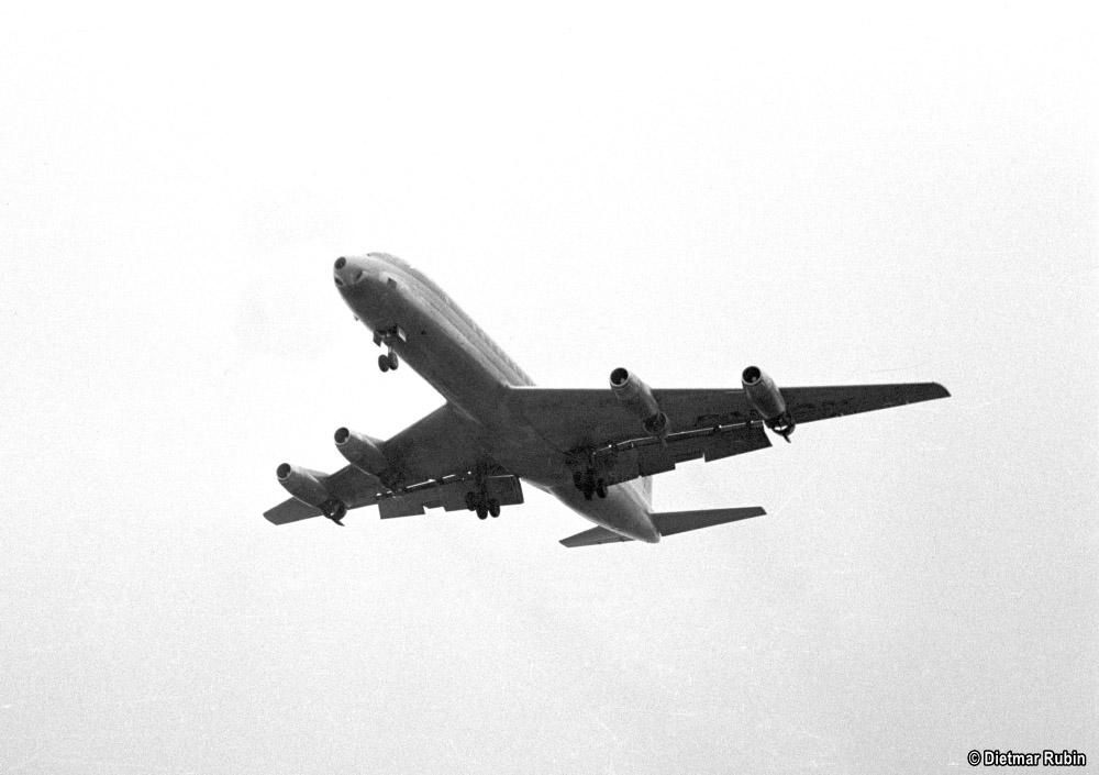https://www.traktionswandel.de/pics/foren/hifo/rubin/1962-05_014ag46_Duesenflugzeug_Frankfurt-M_DietmarRubin_1000.jpg